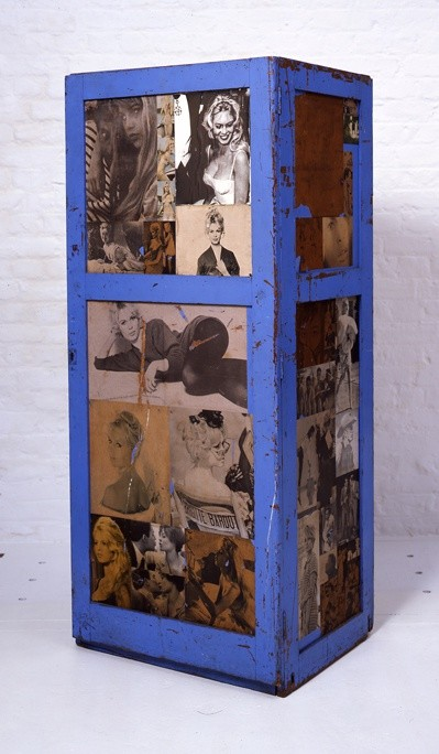 Peter Blake, Locker, 1959, mixed media, 152.4 x 50.8 x 66 cm