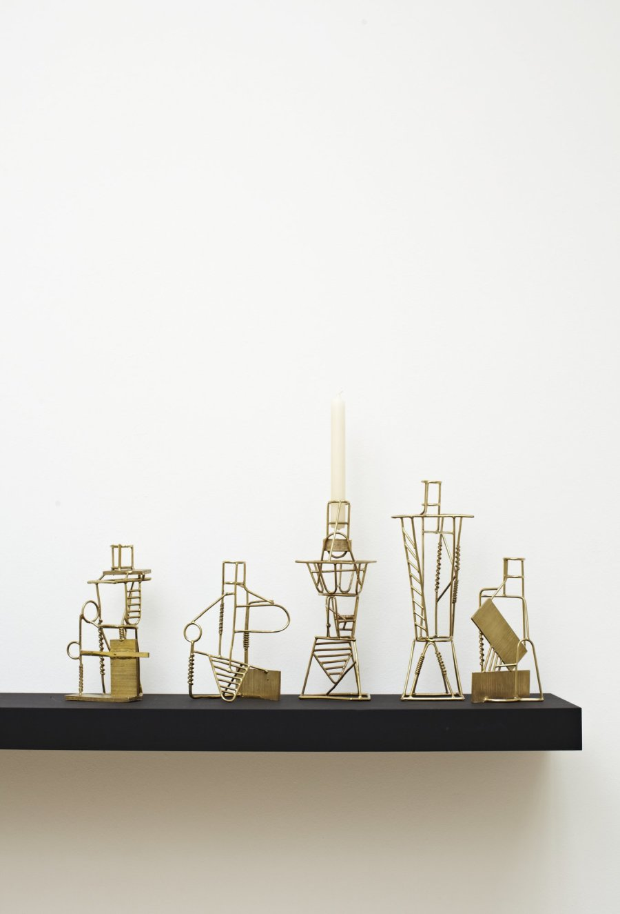 <p><strong>Fabien Cappello</strong>, Drawn Candlesticks, 2012</p><p>Lost-wax method cast brass</p><p>Max. 3o H cms</p><p>5-piece set, series of 8</p><p>Photography by Petr Krejci</p>