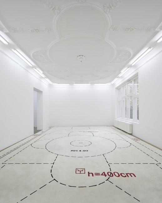 h = 400 cm