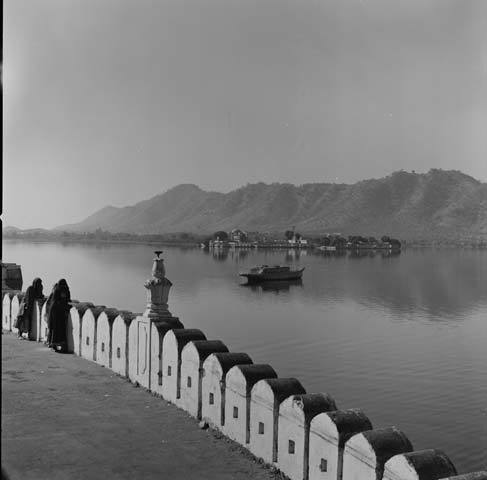 Derry Moore, Lake, Udaipur