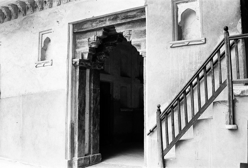 Prarthana Modi, Old Door & Stairs, Rajasthan , 2009