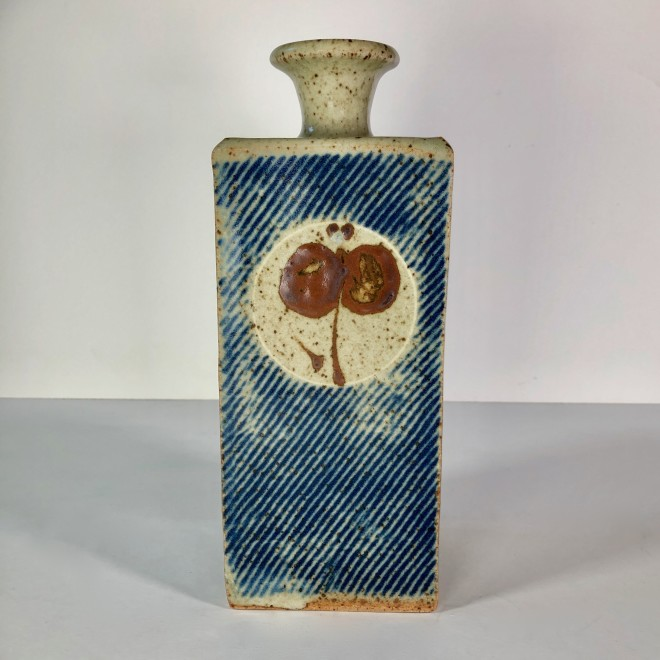 Square bottle III (Circles on Blue)
