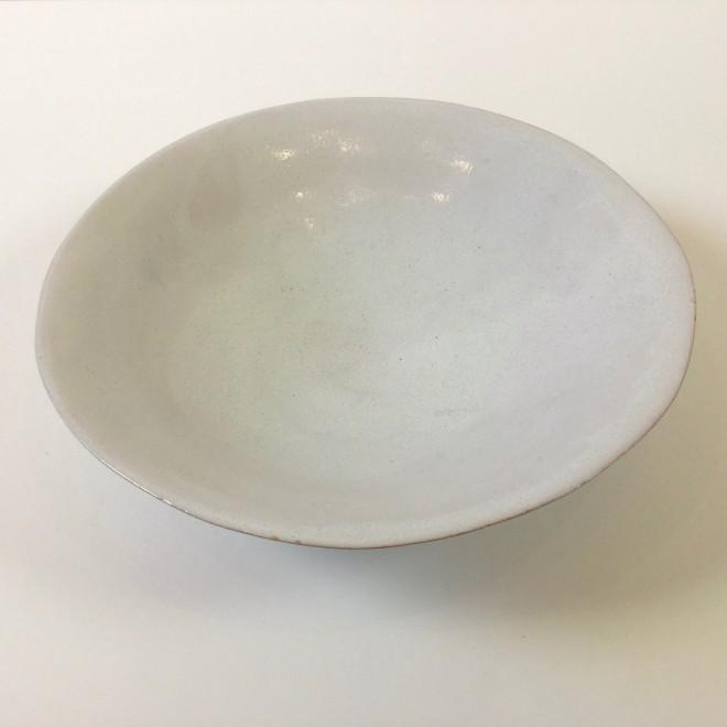 Pale open bowl