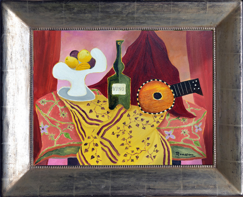 Size XS | Mandolin, fruitbowl and bottle on table