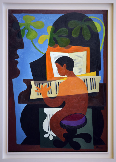 Size L | Playing the piano