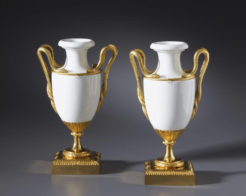 A pair of Louis XVI vases by Locré, Fabrique de la Courtille