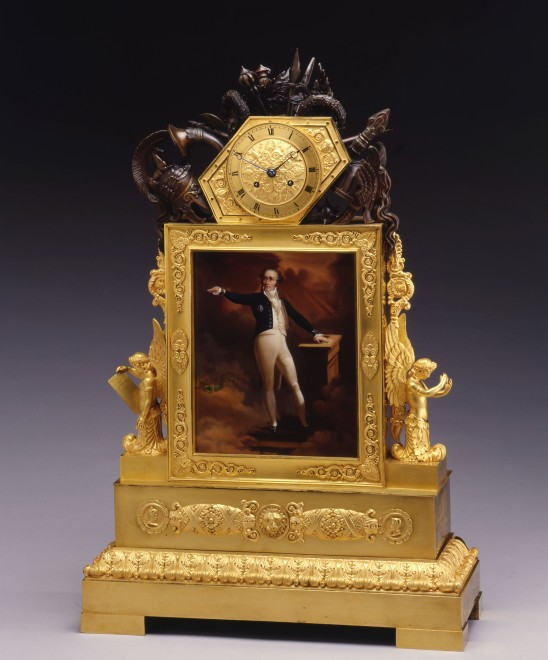 A late Empire commemorative clock, portraying Lieutenant-Général Maximilien-Stanislas Foy, député de l'Aisne