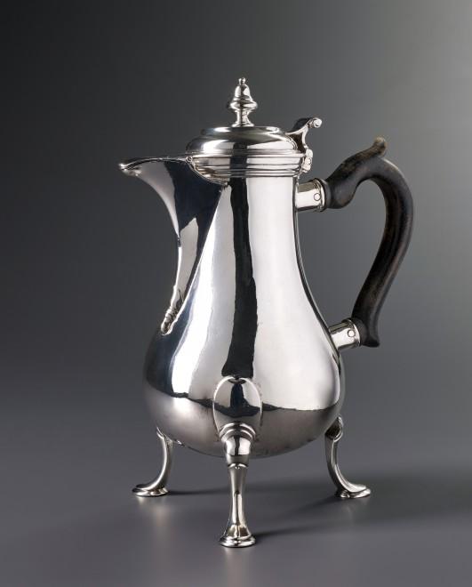 A Swiss coffee-pot by Louis Richard