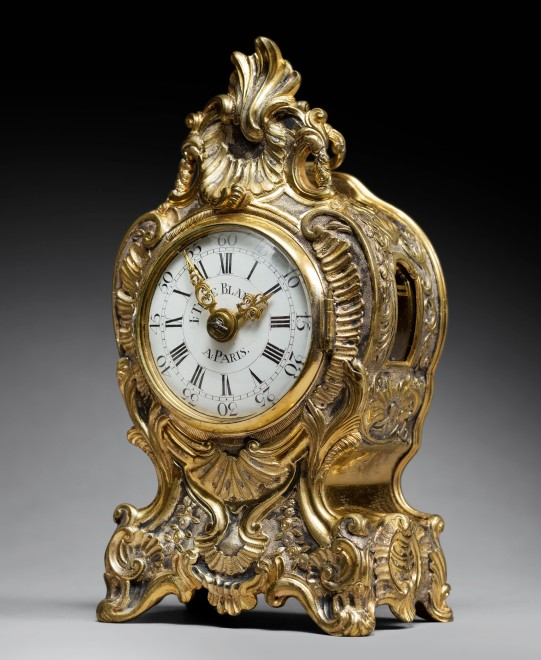 A Louis XV quarter striking and repeating miniature travelling clock of short duration by I. Têteblanche