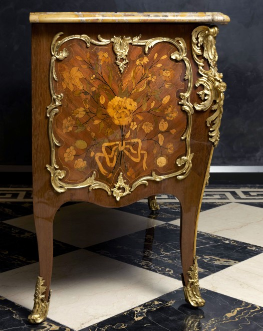 A Louis XV bombé commode by Pierre Fléchy