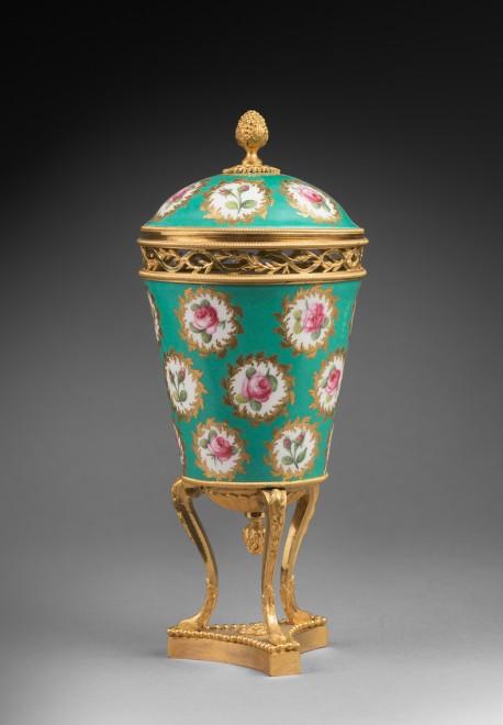 A pair of Louis XVI pot-purri vases by Sèvres