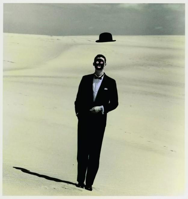 选自《沙丘》系列,1983,  From the series Dune (1983)