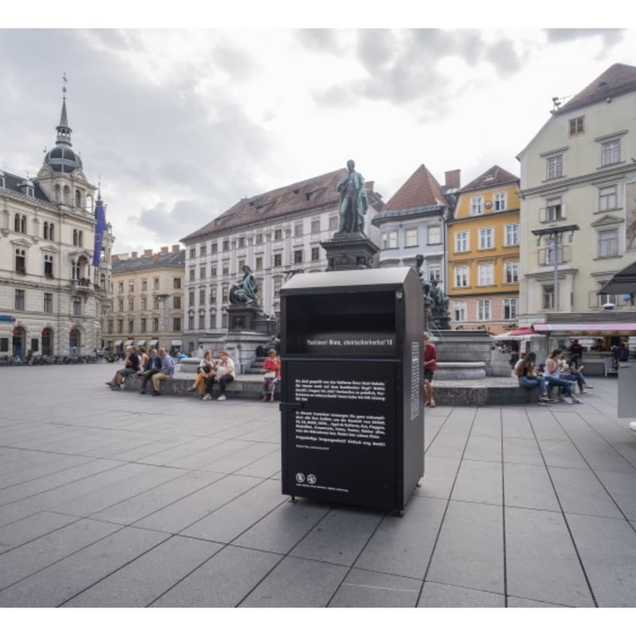 Yoshinori Niwa, Withdrawing Adolf Hitler from a Private Space, installation view, Hauptplatz, Graz, Austria, 2018