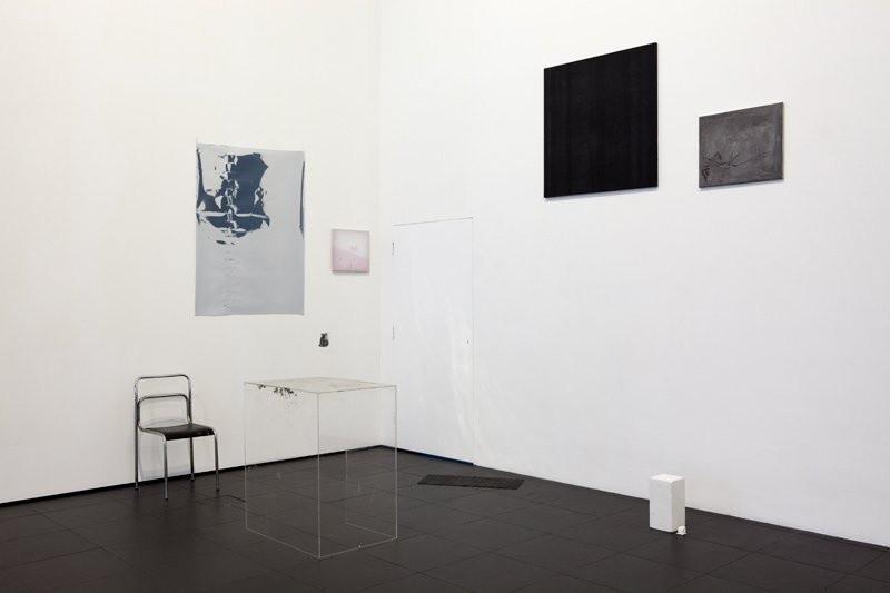 Ian Kiaer Offset / black tulip (black), 2009