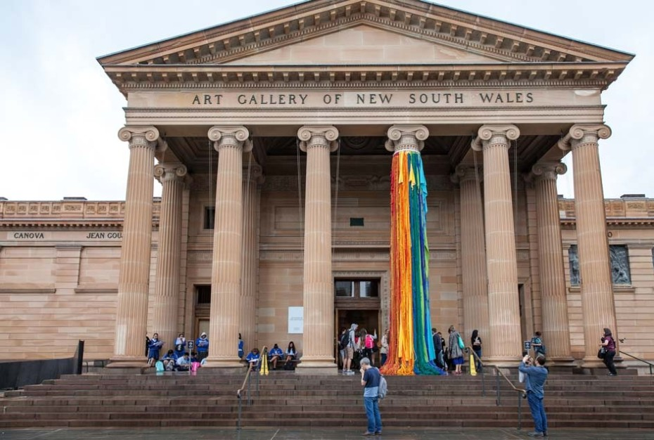 Installation view: Sheila Hicks, 'The Questioning Column,' 2016, at the Art Gallery of New South Wales for the 20th Biennale of Sydney. © Sheila Hicks