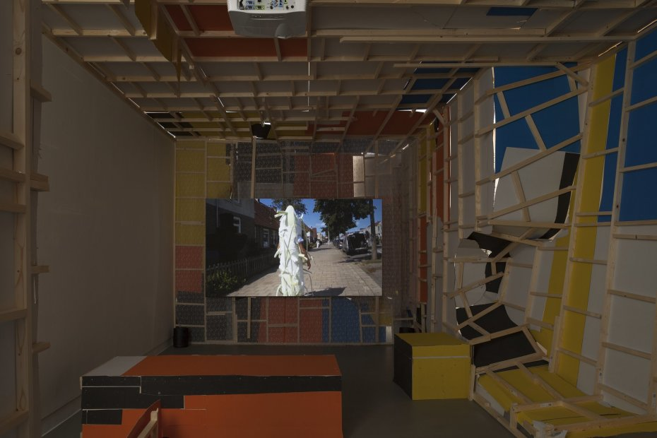 Erik van Lieshout, Janus, 2012 HD film, colour/ sound 51 min (installation view)