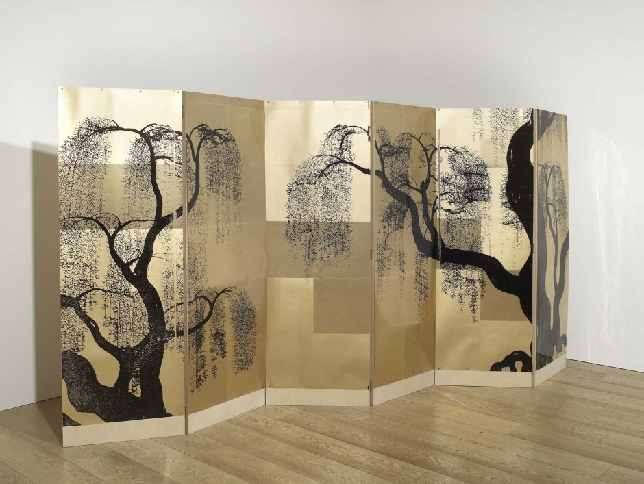 A Weeping Willow Crying on His Pillow (Gold), 2010