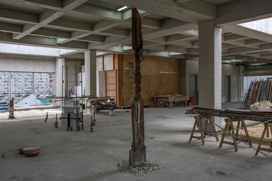 Installation view, Yu Ji, Green Hair Monster, commission for 11th Shanghai Biennale, Power Station Art Museum, Shanghai, 12 Nov 2016 - 12 March 2017