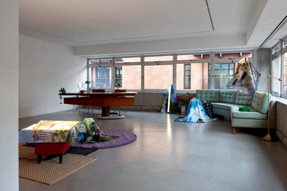 Installation view, Edouard Malingue, Nabuqi, 1 Davies Street, 2020  Photo by Robert Glowacki