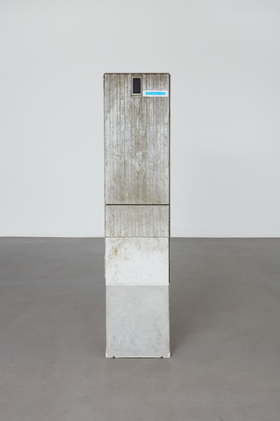 Klara Liden  Quermann, 2020  junction box  145 x 32 x 22 cm / 57 ⅛ x 12 ⅝ x 8 ⅝ in