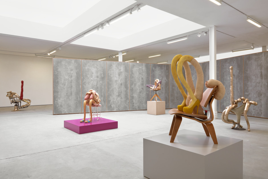 Installation view, Sarah Lucas, HONEY PIE, 62 Kingly Street W1, 16 March - 08 August 2020  Photograophy by Robert Glowacki
