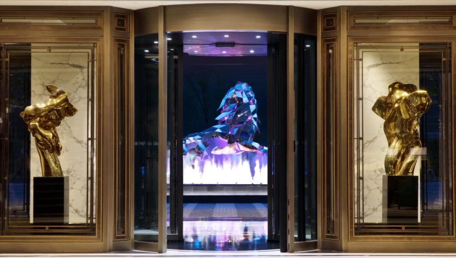 HELAINE BLUMENFELD polished bronze scuLPtures commissioned for the Bellagio, Shanghai entrance.
