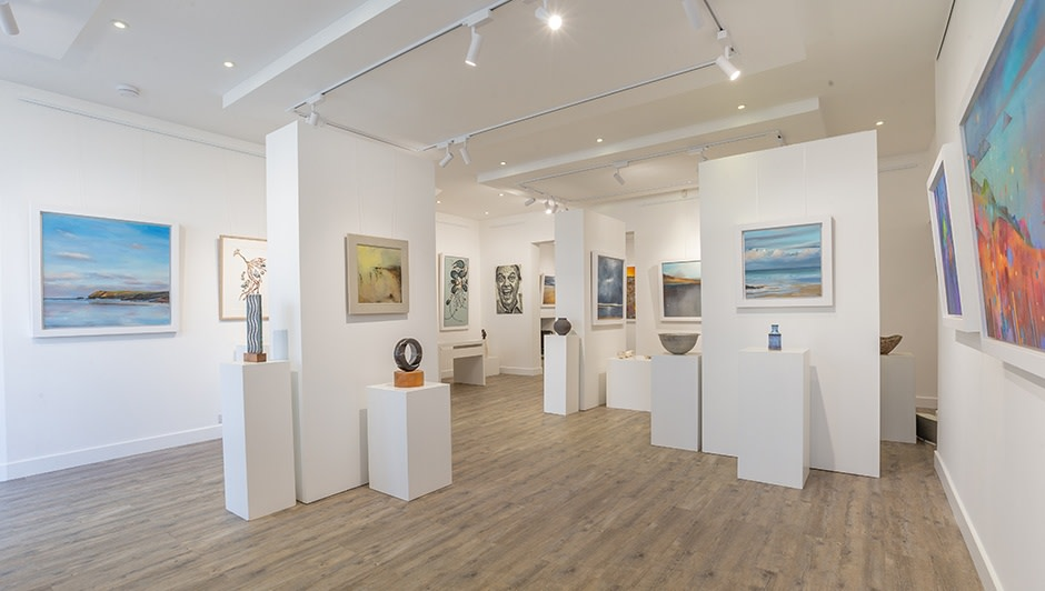 We are thrilled to announce the opening of our stunning new gallery space, exclusively dedicated to original painting by Suki Wapshott and selected artists, alongside the very best in contemporary craft. Guests are also welcome to see Suki at work in her new onsite studio. This season we present new paintings by Peter Turnbull, who studied at The Royal College of Art in both London and Paris. His softly hued paintings cover subjects from intimate interiors to sweeping landscapes.