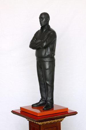<p>Tom Price, What Next (Angell Road), 2011, bronze, perspex and wooden base, 188.5 x 36 cm</p>