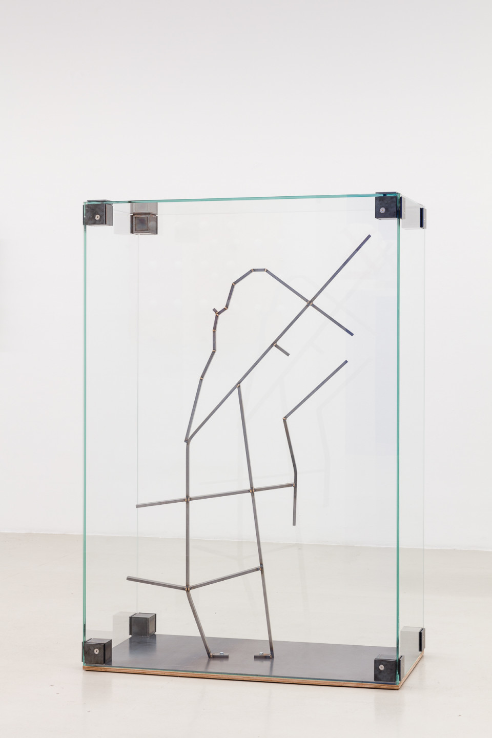 George Henry Longly Madame T, 2014 Display case, metall, glass 160 × 110 × 55 cm 63 × 43 3/10 × 21 7/10 in