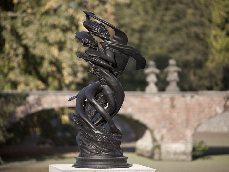 Wim Delovye Daphnis & Chloë Clockwise, 2009 Patinated bronze 165 x 85 cm 65 x 33 1/2 in