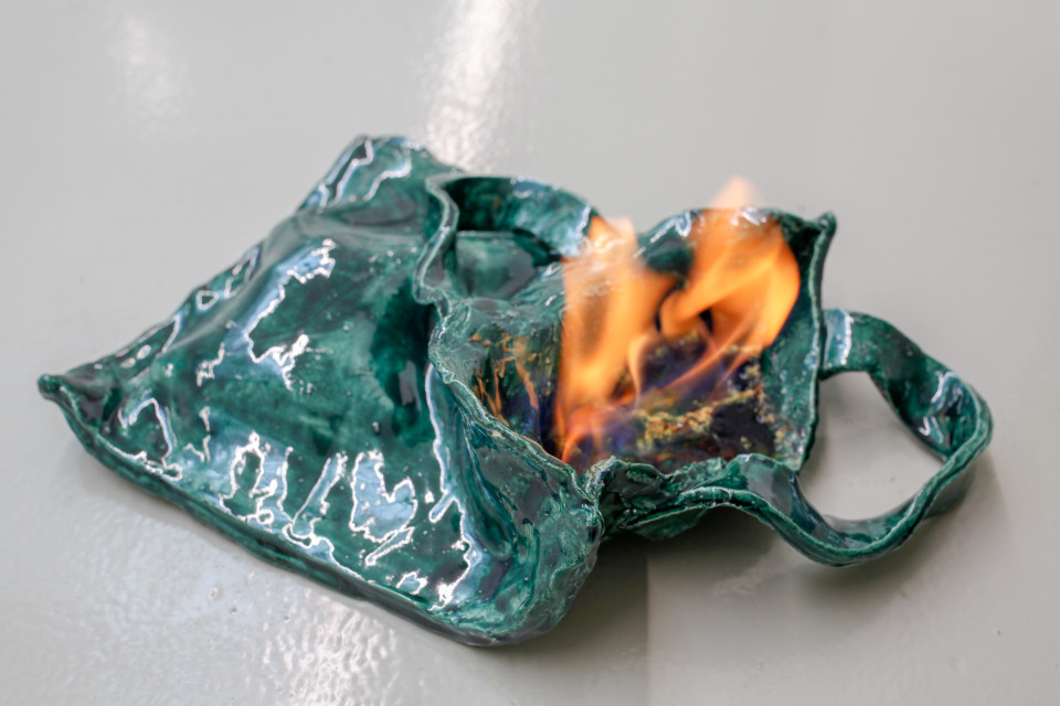 Lindsay Lawson  Tote Bag, 2018  Ceramics with fire  10 x 25 x 38 cm 4 x 9 7/8 x 15 in
