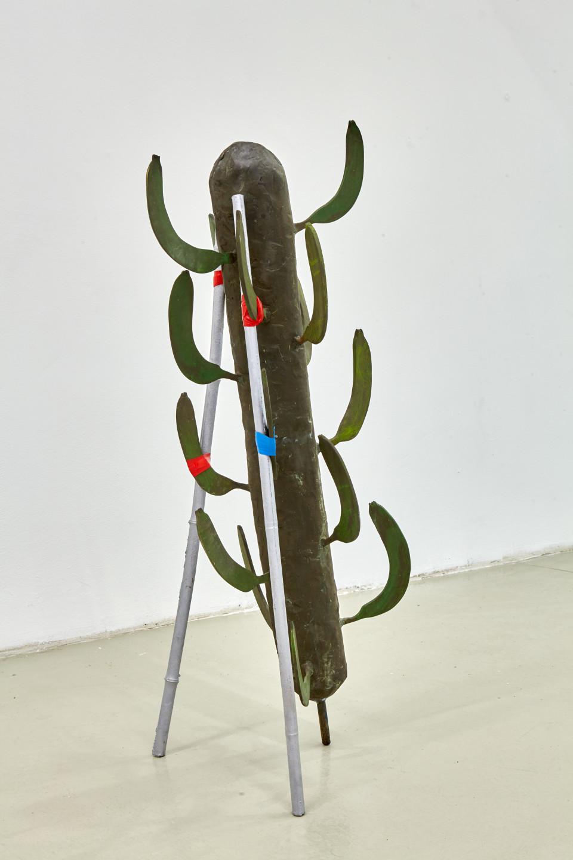 Karl Karner Bananenbaum, 2000 Bronze, Aluminium Height 97 cm Edition 2 von 10