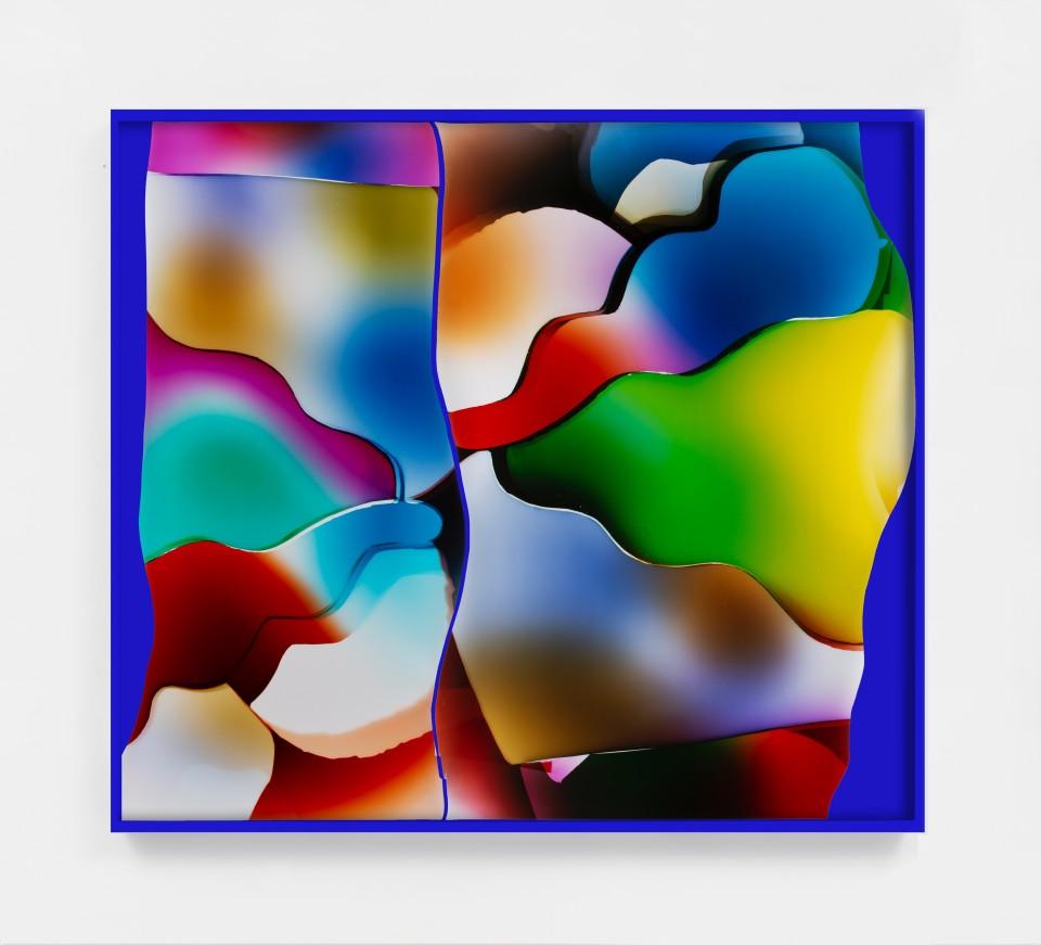 Image: Mariah Robertson  142 143, 2020  unique chromogenic print  50 x 58 inches (127 x 147.3 cm) (approx)