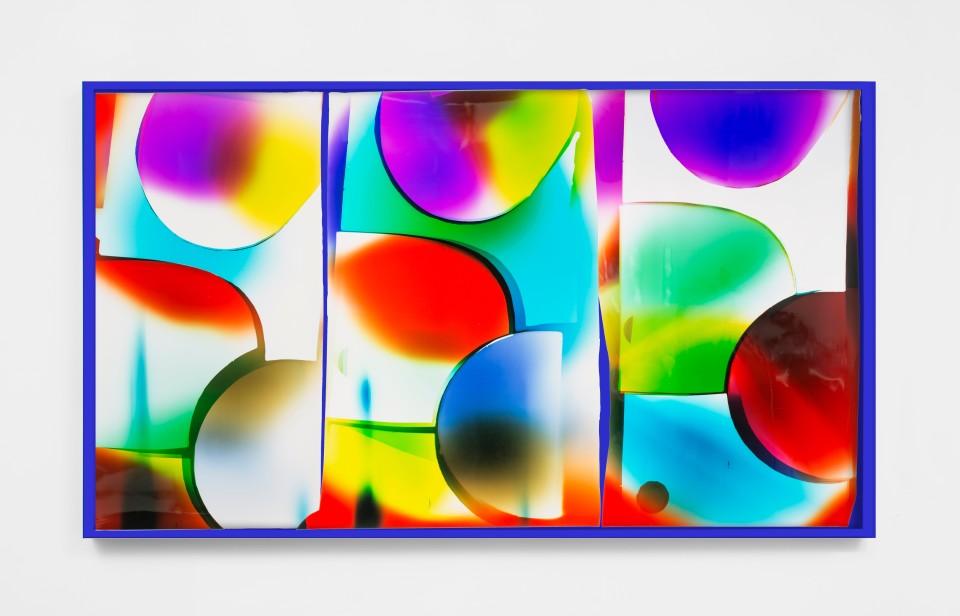 Image: Mariah Robertson  066 067 70, 2019  unique chromogenic print  50 x 87 inches (127 x 221 cm) (approx)