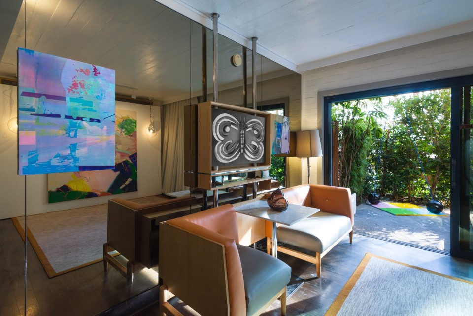 Image: Installation view of Felix 2020 at the Roosevelt Hotel, Cabana Room 123