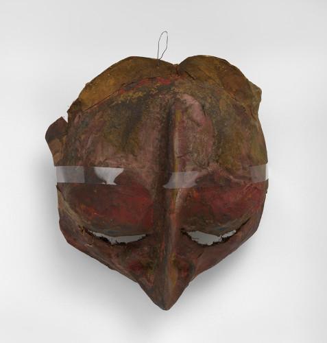 <div class=&#34;artist&#34;><strong>Franciszka THEMERSON</strong></div> 1907-1988 <div class=&#34;title&#34;><em>Stansilas Leczynski</em>, 1951</div> <div class=&#34;medium&#34;>oil paint on papier-mâché mask</div> <div class=&#34;dimensions&#34;>40 x 40 x 20 cm</div>