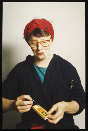 <div class=&#34;artist&#34;><strong>Jo SPENCE</strong></div> 1934 - 1992 <div class=&#34;title&#34;><em>Photo Therapy: My Mother as a War Worker</em>, 1986-88</div> <div class=&#34;signed_and_dated&#34;>Collaboration with Rosy Martin</div> <div class=&#34;medium&#34;>Colour photograph mounted on board</div> <div class=&#34;dimensions&#34;>25.3 x 16.5 cm <br />37.9 x 30.2 cm (cardboard)</div>