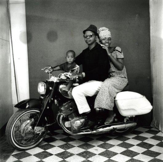 Toute la Famille à Moto