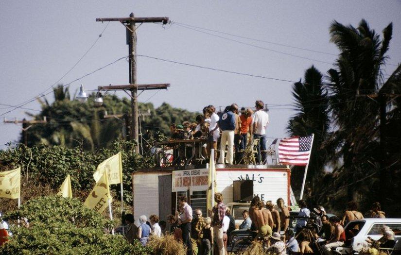LeRoy Grannis, Judges Stand for Duke Kahanamoku Invitational, Sunset Beach, 1972