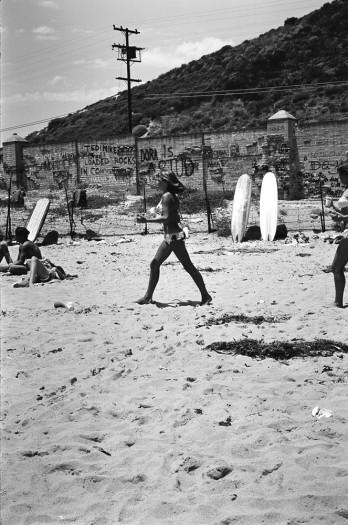 LeRoy Grannis, The Malibu Wall, 1966