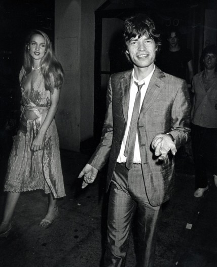 Mick Jagger and Jerry Hall outside Trax after a performance by Jim Carroll, New York, June 26, 1980