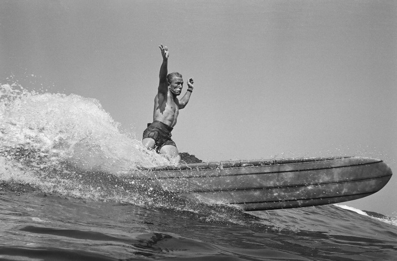 LeRoy Grannis, Dewey Weber, 22nd Street, Hermosa Beach, 1966