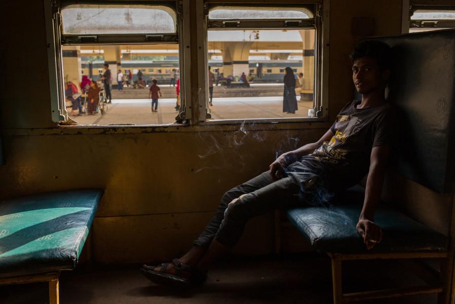 <span class=&#34;artist&#34;><strong>Robert Moore</strong></span>, <span class=&#34;title&#34;><em>Kamalapur Railway Station, Dhaka</em>, 2016</span>