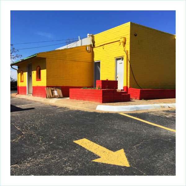 <span class=&#34;artist&#34;><strong>William Greiner</strong></span>, <span class=&#34;title&#34;><em>Yellow Building + Arrow, Fort Worth TX</em>, 2018</span>
