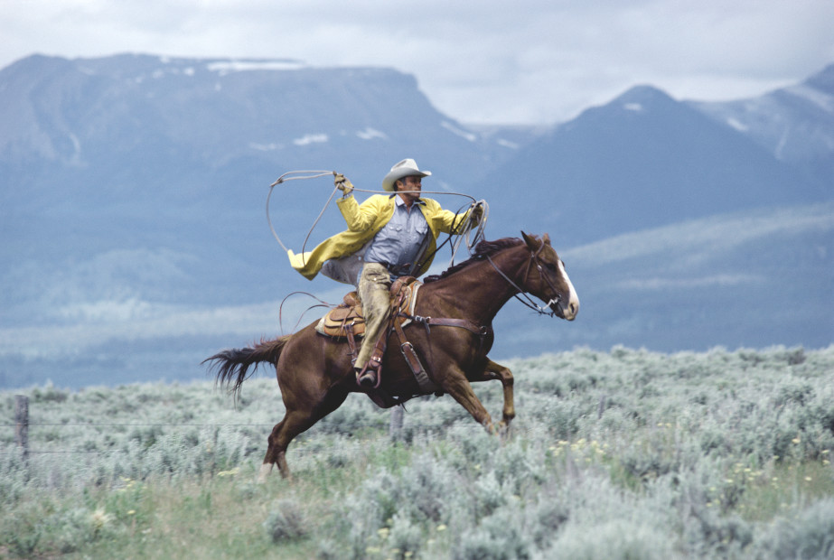 Norm Clasen, Closing In, Riverton, WY, 1984