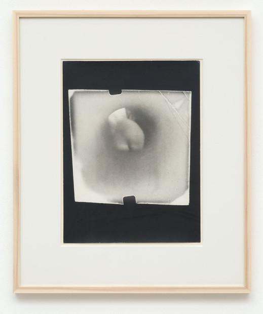 Microstenopeica / Nudo illuminato e lasciato solo, 1975