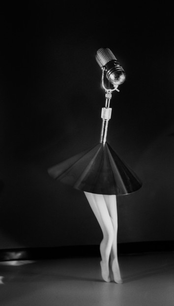 Walking Microphone With Skirt, 1989/2014