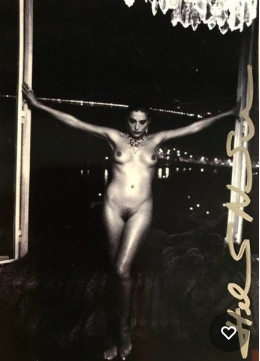 <span class=&#34;title&#34;>Untitled, Nude Small Print<span class=&#34;title_comma&#34;>, </span></span><span class=&#34;year&#34;>1986</span>
