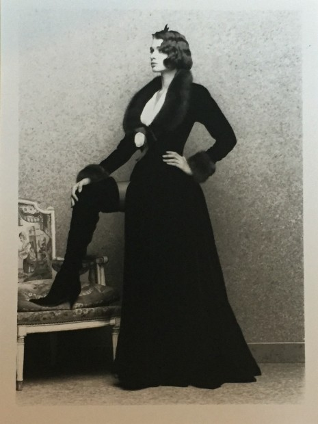 <span class=&#34;title&#34;>Chanel, Collection Haute-Couture Automne/Hiver <span class=&#34;title_comma&#34;>, </span></span><span class=&#34;year&#34;>1990</span>