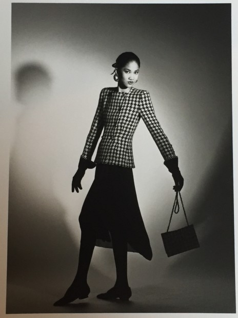 <span class=&#34;title&#34;>Chanel, Collection Haute-Couture Automne/Hiver <span class=&#34;title_comma&#34;>, </span></span><span class=&#34;year&#34;>1989</span>